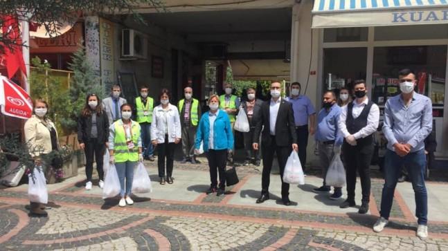 CHP Babaeski maske dağıttı