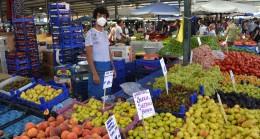 Perşembe pazarına yoğun ilgi