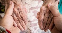 Bu yılın teması: Yaşlılıkta bağışıklama